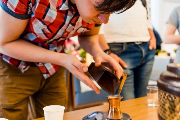 Кофейный мастер-класс в Автосалоне Kia