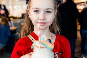 Молочные коктейли в Автосалоне Kia