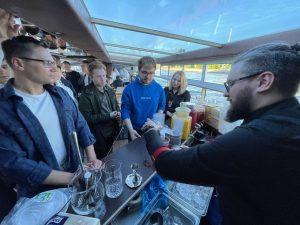 """Лимонадный Бар на теплоходе для """"Вконтакте"""""""